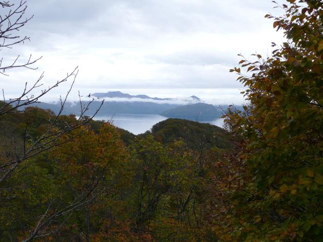 滝の沢展望所からの十和田湖